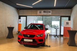 Auto-indoor-Foyer-01